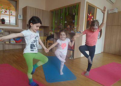 otroška joga1