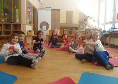 otroška joga2